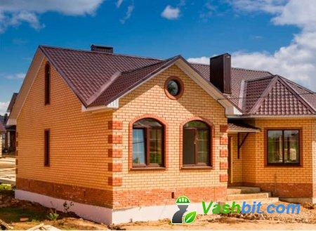 Дом деревянный или кирпичный?